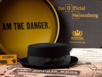goorin-bros-x-breaking-bad-heisenberg-hat-and-box-set-01